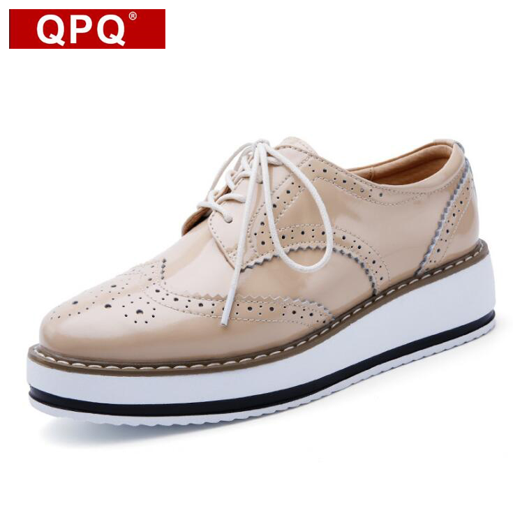 QPQ Women Platform Oxford Brogue Patent Leather Flats Lace Up Shoes Pointed Toe Creepers Vintage luxury beige wine red Black qmn women genuine leather platform flats women lace cut glossy leather square toe brogue shoes woman lace up leisure shoes 34 39