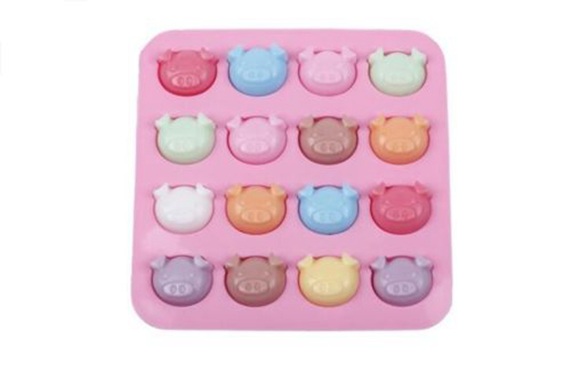 cute silicone Mold 16 pigs cake mould chocolate mould cake decorating tools in Cake Molds from Home Garden
