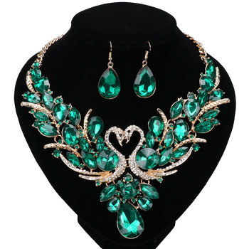 Luxury Gold Color Green Crystal New Collier Femme Double Swan Statement Necklace Earring For Women Party Wedding Jewelry Sets hibride clear and green crystal cz bridal jewelry sets white gold color necklace earring set parure bijoux femme n 281