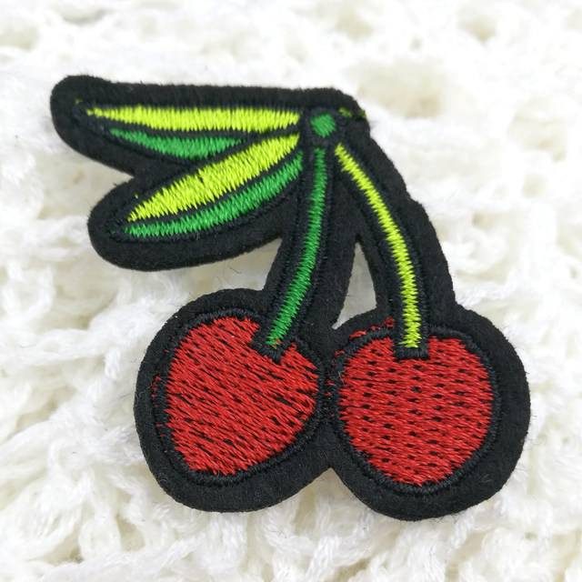 1pcs Fruit Cherry Pattern Patch Iron On Embroidery Badges Hand