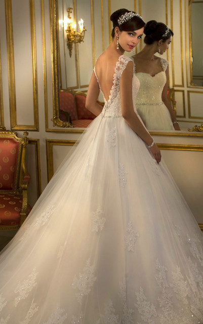 For Brides Looking Wedding Dresses With Lace This Striking Ballgown From Stella York