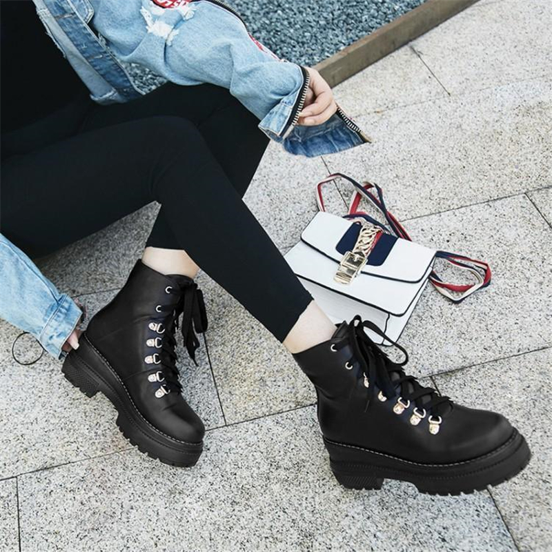 Black Platform Chunky Heels Women Ankle Boots Thick high Heel Genuine Leather Martin Boots Winter Autumn Marm Motorcycle boots xiangban handmade vintage motorcycle boots women high heels platform boots square heel genuine leather
