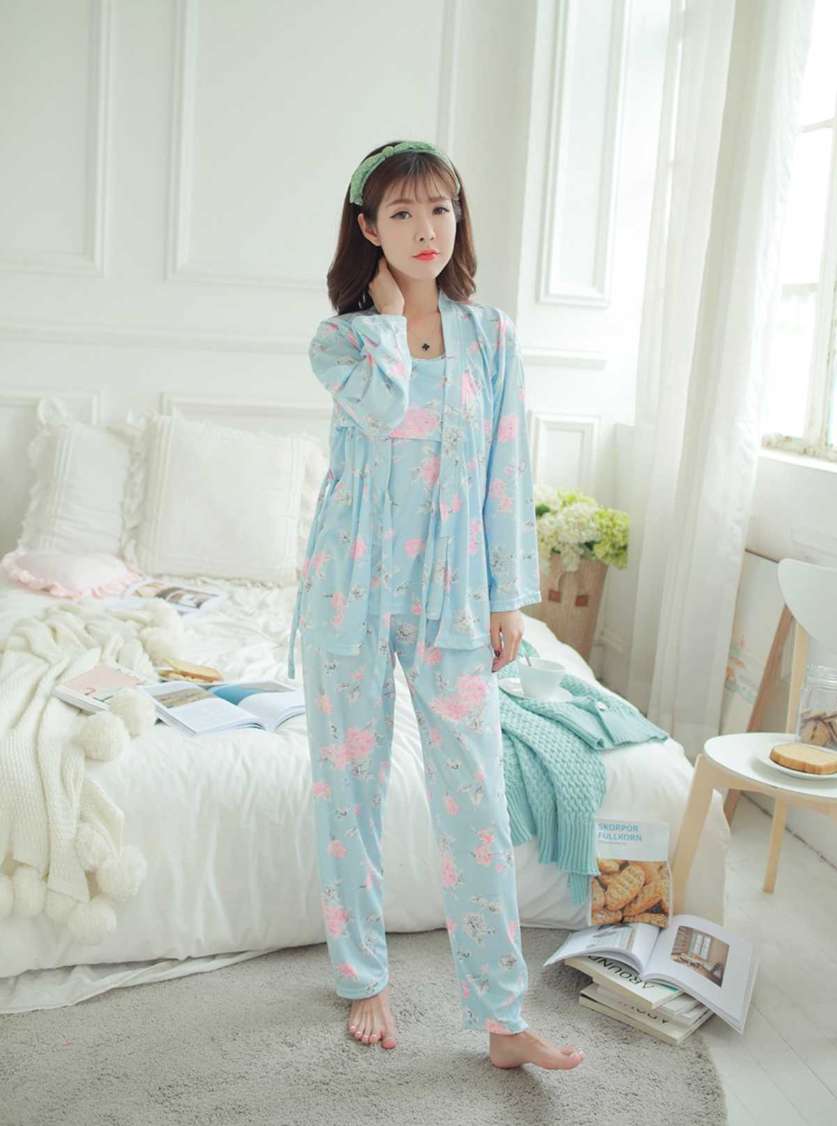 92ece2e5acc ... Autumn Winter Pregnant Women Long Sleeved Pajamas Thickening Cotton Maternity  Clothing Maternity Clothing Three Piece Suit ...
