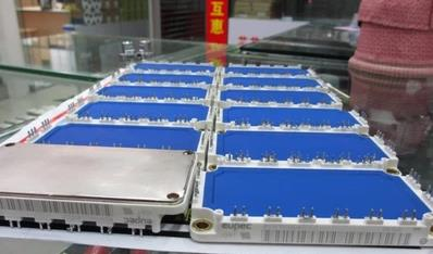 Free Shipping  NEW BSM200GD60DLC  MODULE