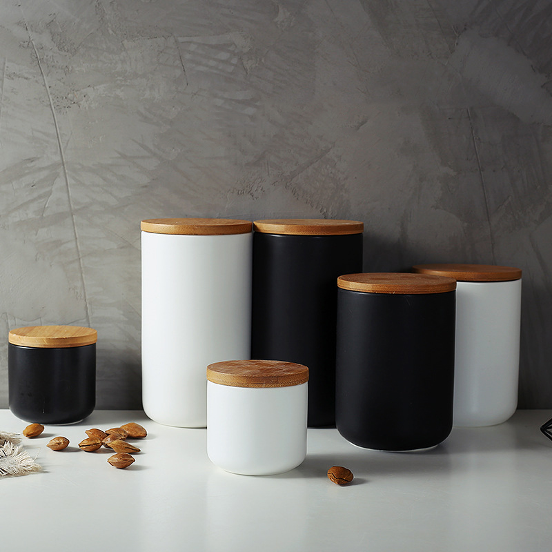 Ceramic Storage Jar for Spices with Bamboo Lid