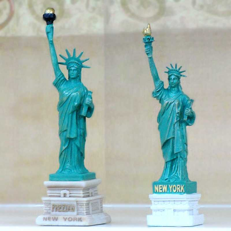 American Trumpet Statue of Liberty Resin Tourism Souvenir Crafts Car Characters Ornaments Sand Table Model Figures Statue