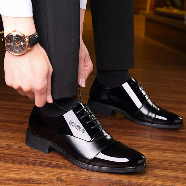 Height increasing 6CM Pointed Toe Formal Men Dress Shoes 2019 Patent Leather Wedding Shoes for Men Elegant Black Leather Shoe