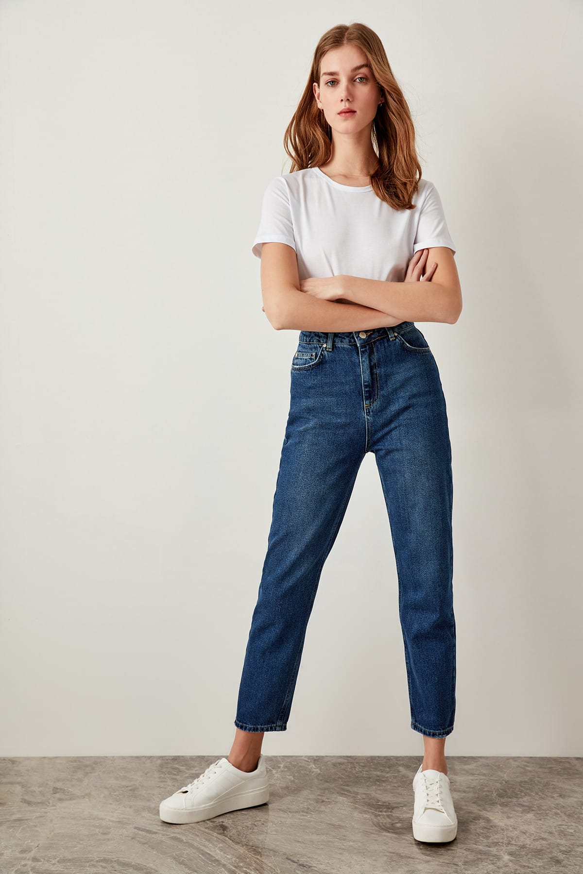 Trendyol 80s Jeans Mom Straight-Led Blue High-Waist Denim Ladies Casual for TCLSS19LR0047 title=