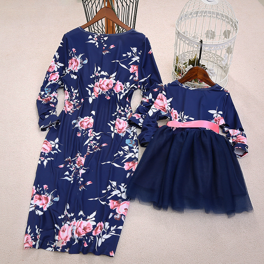 Mommy and me clothes Floral print Dress Family Look Mother daughter dresses Mother and daughter clothes in Matching Family Outfits from Mother Kids