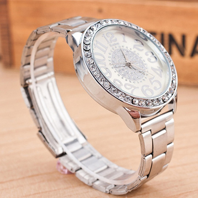 Fashion Women Stainless Steel Rhinestone Quartz Wrist Watch Round Dial Bracelet Watches LXH