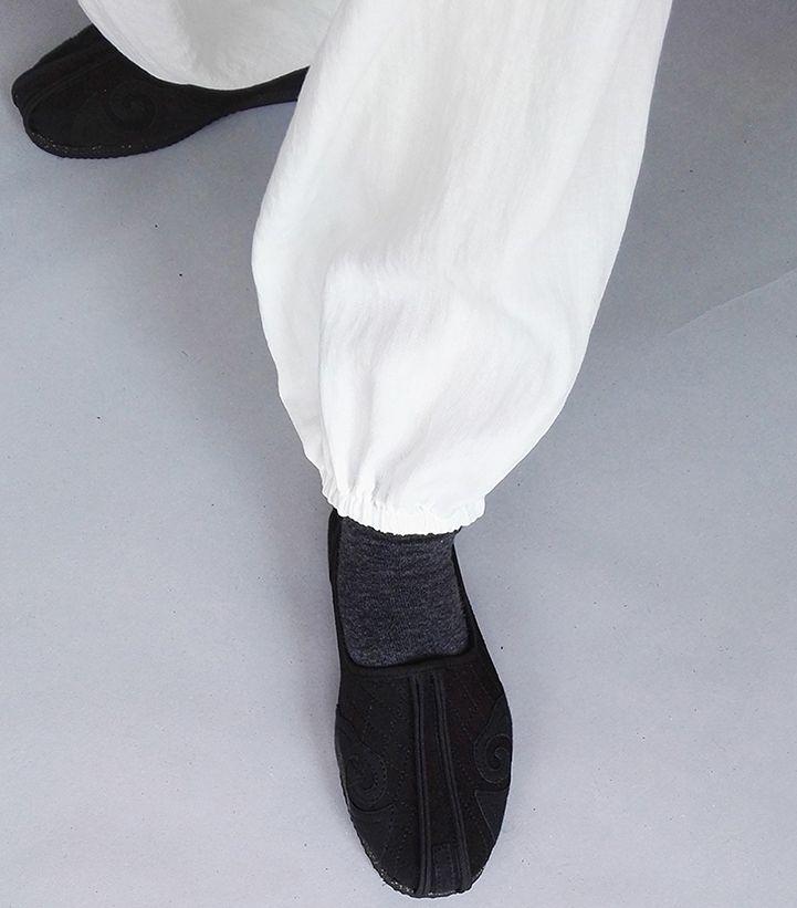 Classic Daoist Monk Shoes 1