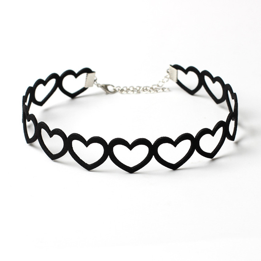 Creative sexy Woman Black Velvet Hollow out Sweet Heart Choker Necklace Collar Necklaces charm Party Jewelry Gift OL accessories