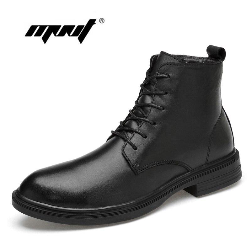 Nowych mężczyzna buty zimowe pluszowe futro ciepłe buty na śnieg buty mężczyźni krowa skórzane antypoślizgowe na zewnątrz kostki buty Dropshipping w Buty śnieżne od Buty na  Grupa 1