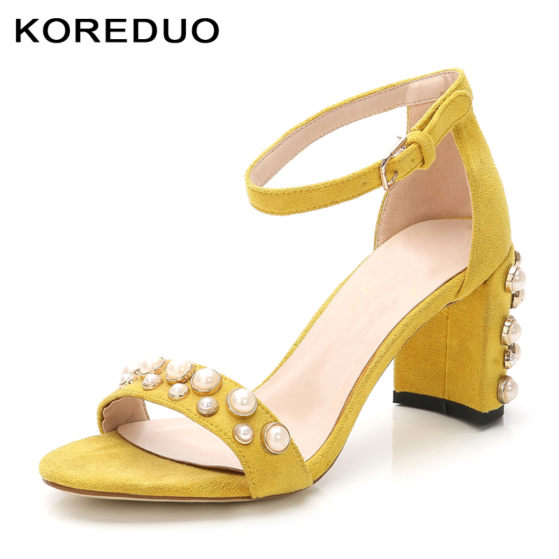 KOREDUO Summer Women Pearl Sandals Open Toe Flip Flops Womens Sandles Square Heels Women Shoes Casual Style Shoes Big size 43ms