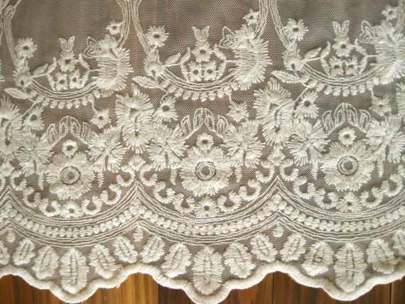 b61d870af0 De tela de encaje de tul bordado vintage gasa antigua novia de cortina de  tela de encaje de algodón en Encajes de Hogar y Jardín en AliExpress.com