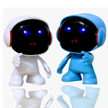 Wireless Astronaut Bluetooth Speaker bass effect robot Cartoon Gift with LED display Portable for iphone computer xiaomi