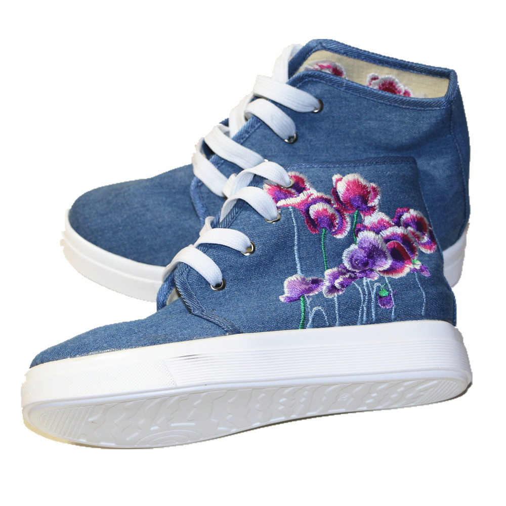 09e5d2f61bd0 Women's High cut Round Toe Lace up Canvas Flat Leisure Shoe Floral  Embroidered Platform Heeled Fashion Travel Dancing Shoe-in Women's Flats  from Shoes on ...