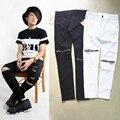 Novo estilo hip hop preto branco rasgado jeans skinny basculadores mens harem pants calça jeans patches afligido skinny com zíper no tornozelo