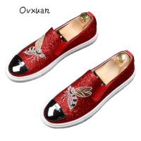 Ovxuan Glitter Sequined Men Loafers Men Moccasins Embroidered Big Bee Metal Toe Slippers Wedding Dress Shoes Flats Casual Shoes