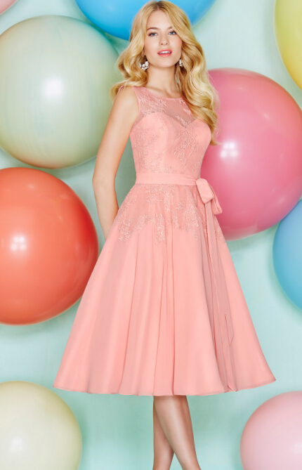 2016 new short knee length coral chiffon lace beach bridesmaid dresses gown sleeveless jewel sheer neck wedding guests dresses