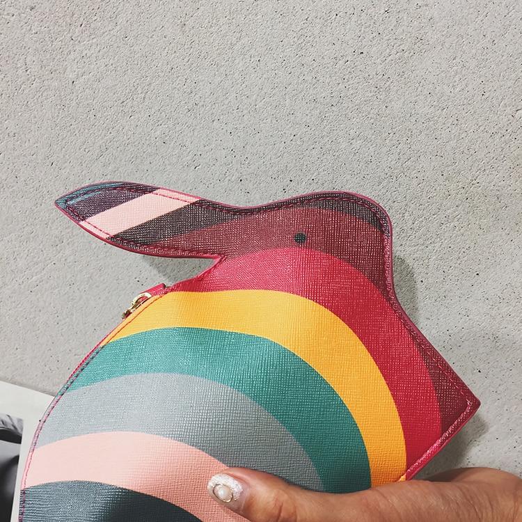 Bolsa divertida en forma de conejo coloreado