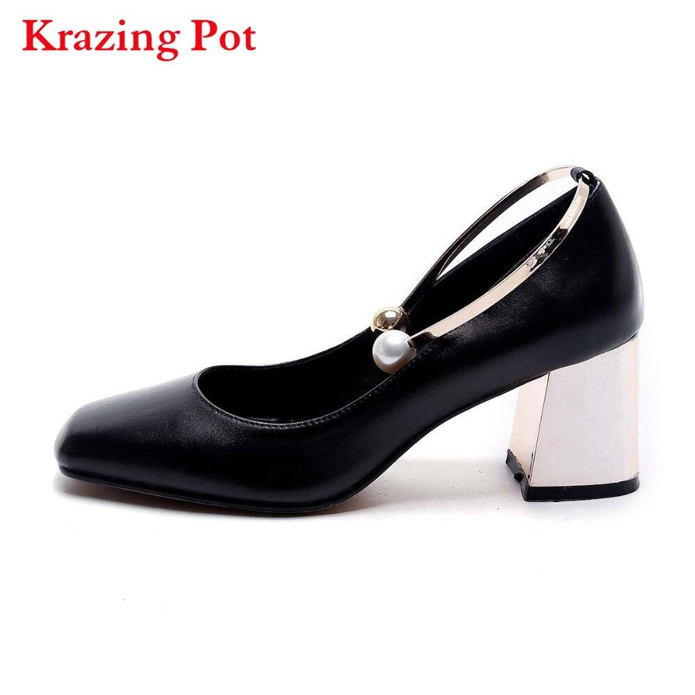 купить 2018 Fashion Party Wedding Thick High Heels Genuine Leather Pearl Metal Superstar Shallow Pumps Round Toe Women Brand Shoes L24 по цене 3441.42 рублей