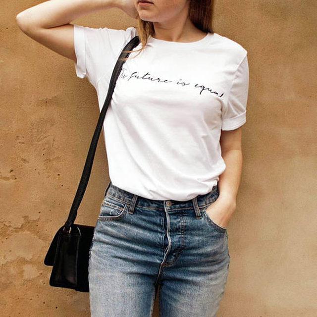 931d6b08cf O Futuro É Igual Carta de Impressão T-Shirt Mulheres Camiseta Slogan  Feminista Tumblr Graphic