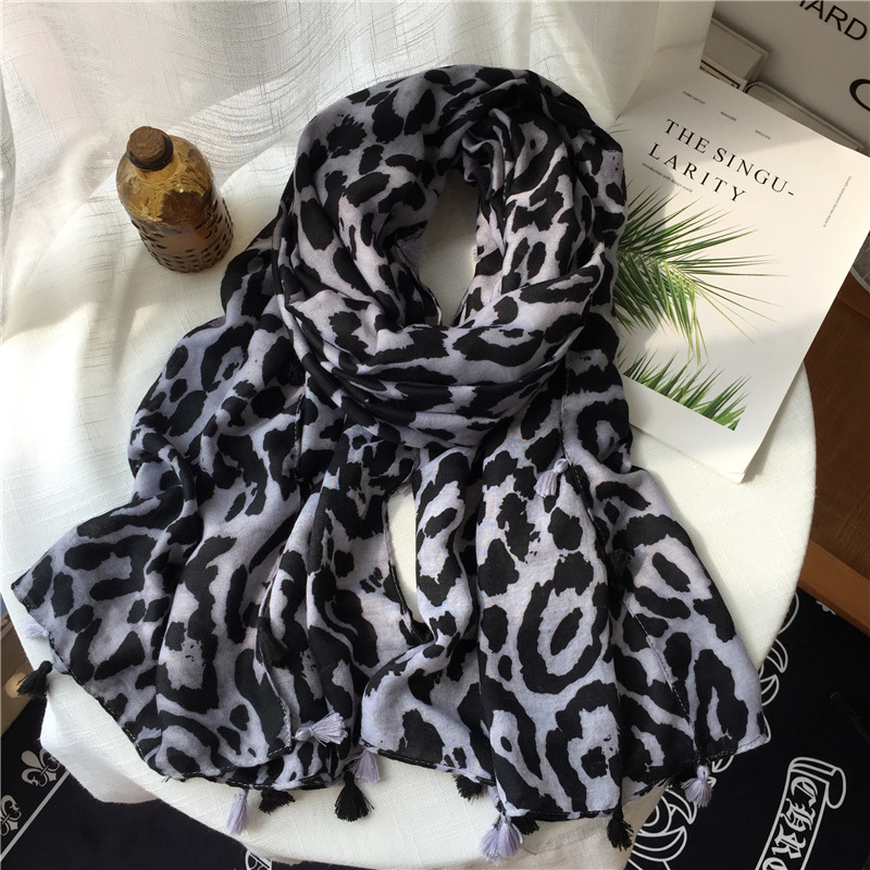 2019 Black Grey Leopard Scarf Warm Leopard Printed Long Viscose Shawl Soft Wrap Neck Snood Cachecol Bufandas Neckerchief Apaszka