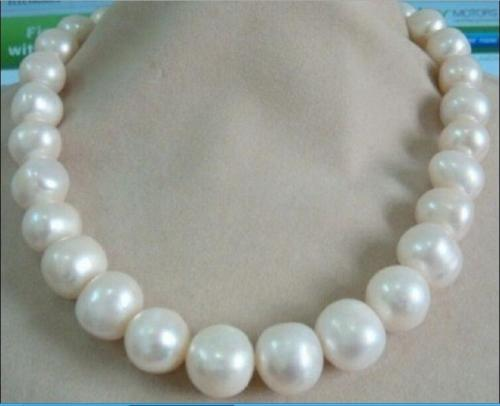 Selling  NEW HUGE 13-15MM SOUTH SEA GENUINE WHITE PEARL NECKLACE new 18Selling  NEW HUGE 13-15MM SOUTH SEA GENUINE WHITE PEARL NECKLACE new 18