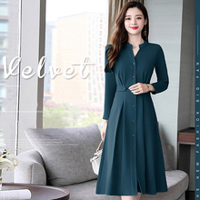 2018 Autumn Temperament New Slim Slimming Long-sleeved Womens Fashion Solid Color Single-breasted Long Dress