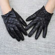 Leather Gloves Female Autumn Winter Real Sheepskin Short Diamond Butterfly Knot Womans Driving WL10