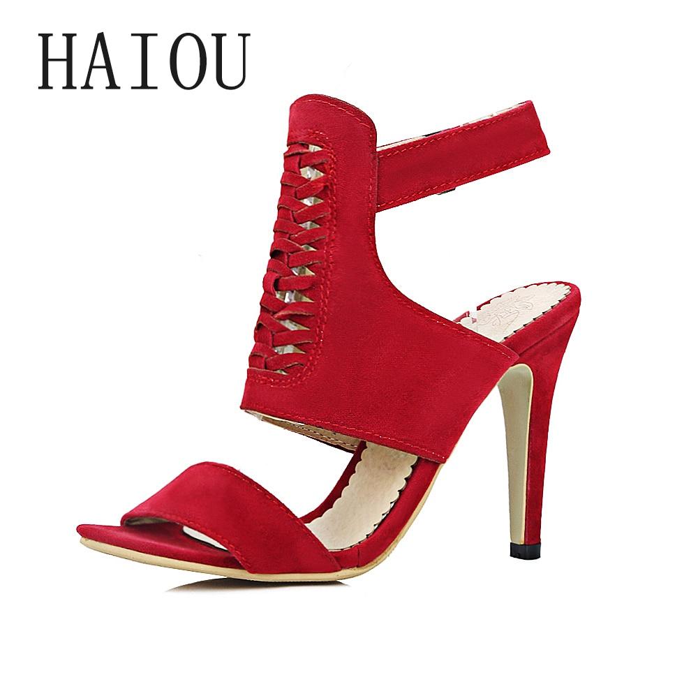 ФОТО New Fashion Hollow High Heels Sandal 2017 Sexy Red Women Gladiator Sandals Peep Toe Square Heels Sandalias Belt Buckles Sandals