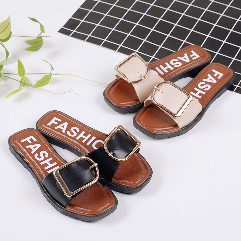 Summer Europe and the United States new beach flat metal side deduction slippers bathroom non - slip home word cooler shoes