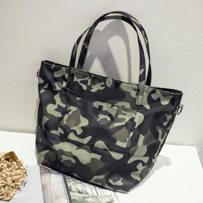New 2017 Bags Women Luxury Handbag Women Bags Designer Waterproof Shoulder Bag Women Camouflage Messenger Satchel ElUnico 2315