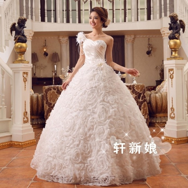 One Shoulder Flowers Princess Red Wedding Dress Crystal Tulle Lace