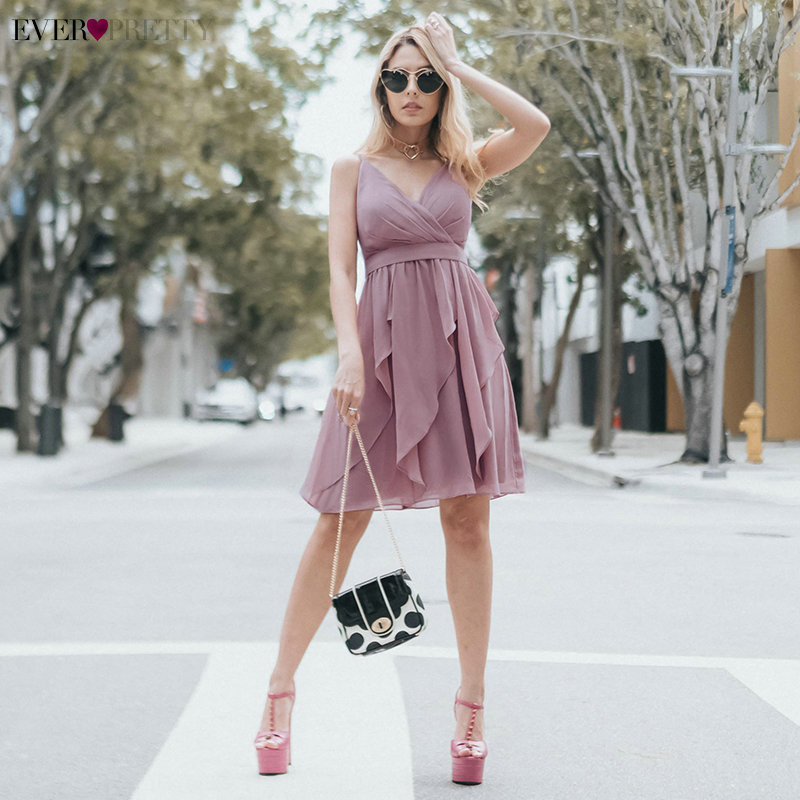 Sexy Backless Cocktail Dresses Ever Pretty A-Line V-Neck Spaghetti Straps Sleeveless Above Knee Dresses Robe De Cocktail 2019