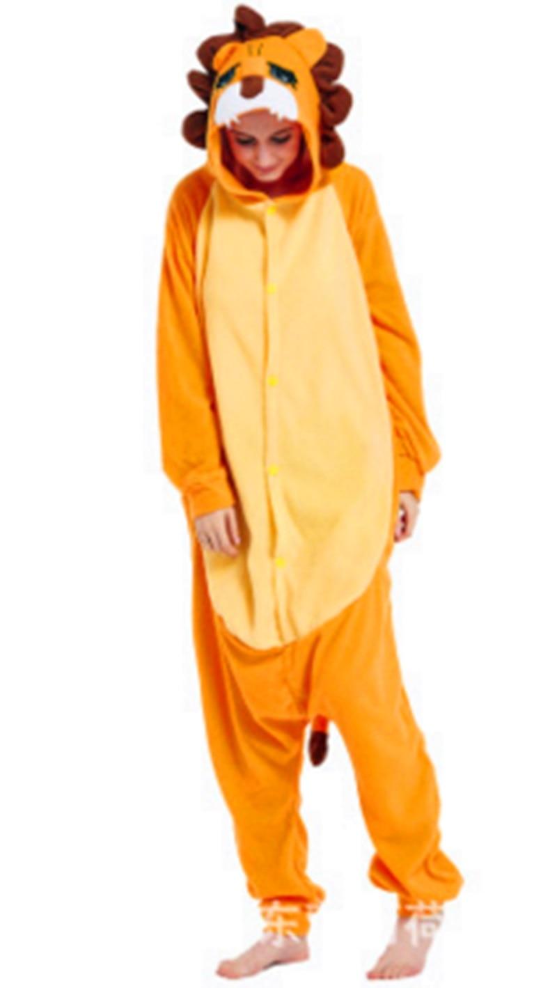Autumn and winter animal cartoon series pajamas orange lion rock wool lovers home dress.
