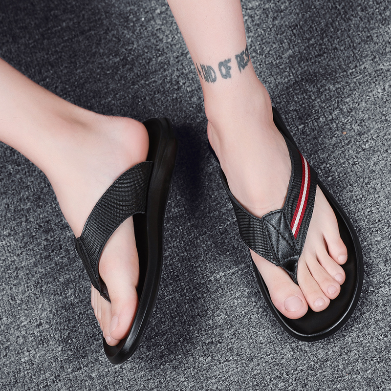 2019 new men 39 s slippers casual genuine leather slip flops man outdoor flat beach slipper male outside slippers for men hot sale in Flip Flops from Shoes