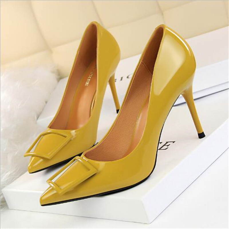 Square Buckle Fashion OL Office Shoes 2019 New Women's Concise Patent Leather Shallow High Heels Shoes Pointed Toe Women Pumps