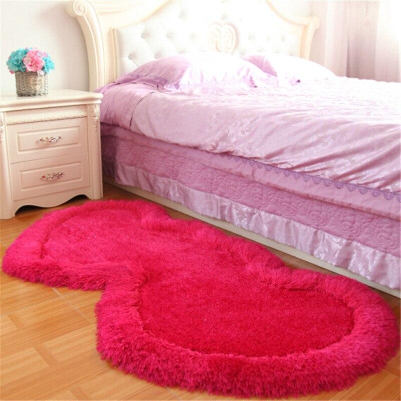 1 pièces mode Super doux soyeux antidérapant coeur forme tapis tapis canapé chambre salon anti-dérapant sol tapis décoration de la maison