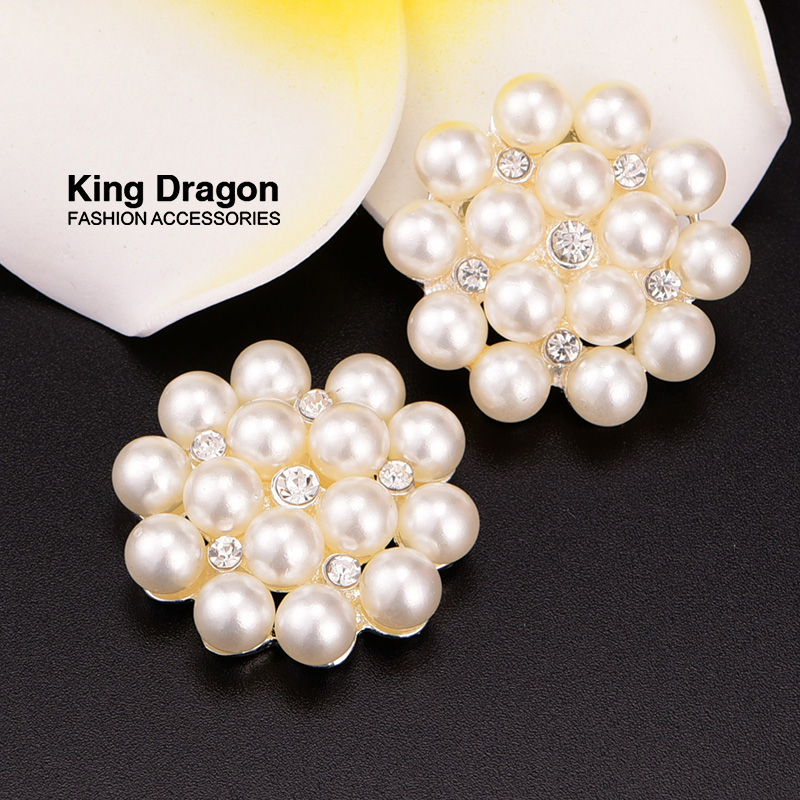 Rhinestone Pearl Emberllishment Used On wedding 100pcs lot 30MM Silver Color Wedding Button Flat Back