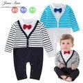 Мальчик обмундирование хлопка одна часть ползунки с длинным рукавом черный и серый полосатый галстук-бабочку комбинезон младенческой дети детский сад одежды
