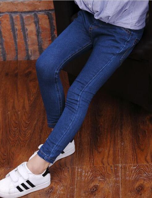 Calças de brim meninas roupas de inverno 2016 das crianças sólidos engrosse velo skinny bebé calça jeans para meninas grandes crianças jean longo calças