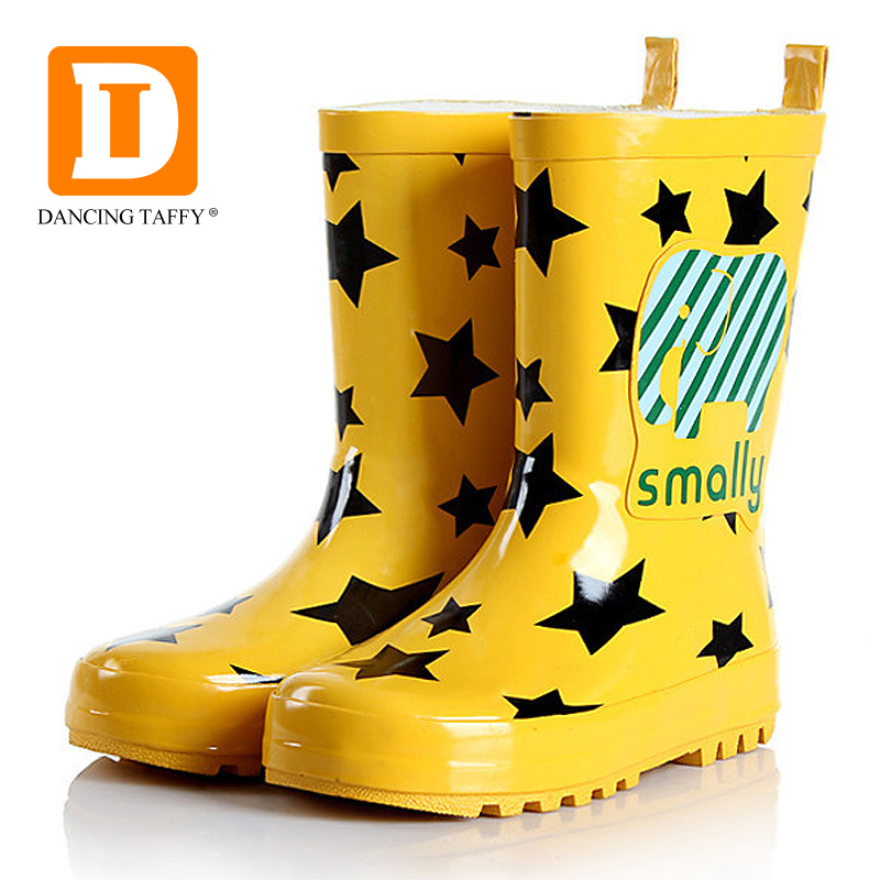 Fashion Kids Rainboots New 2017 Girls Boots Children Shoes Cartoon Cat Mid Calf Rain Boots For Baby Girls Rubber Shoes Size23-36 laura ashley butterfly rainboots for girls
