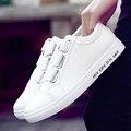 Envío gratis 2017 Nueva moda primavera verano Solid zapatos de hombre blanco los amantes del pedal Hoop & loop zapatos blancos ocasionales de los hombres tamaño 38-44