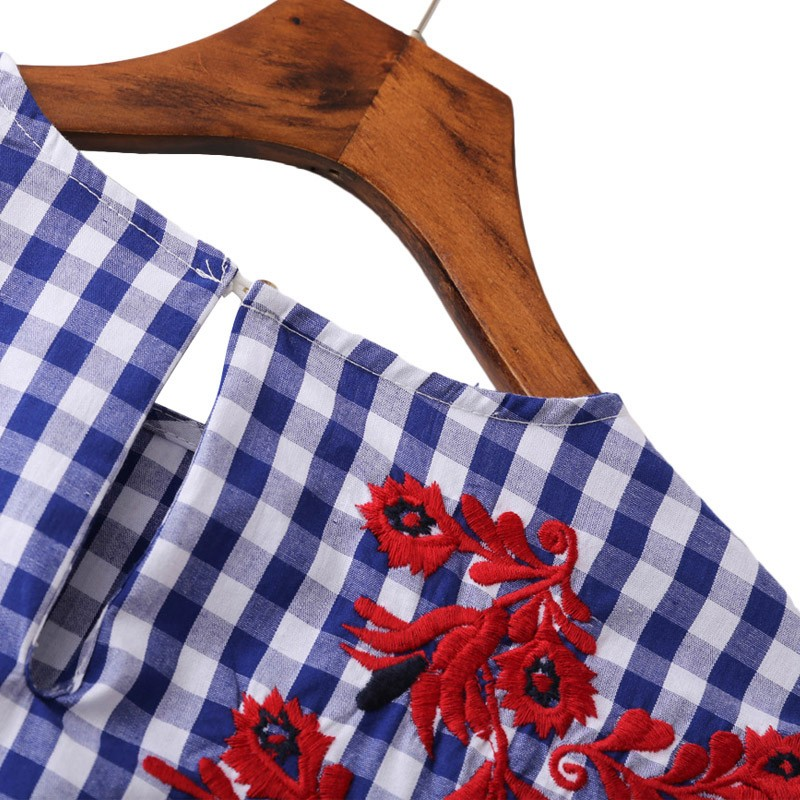 HTB13q iNXXXXXXNaXXXq6xXFXXXa - Women floral embroidery plaid blouse sleeve loose shirts fashion