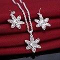 Blanco de la manera Jewerly Plateado Platino CZ Forma de La Flor Colgante Pendientes Del Encanto Por Set Collar Pendientes Para Las Mujeres Libera El Regalo