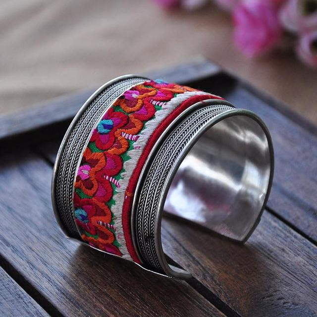 Vintage Embroidery Bangle...