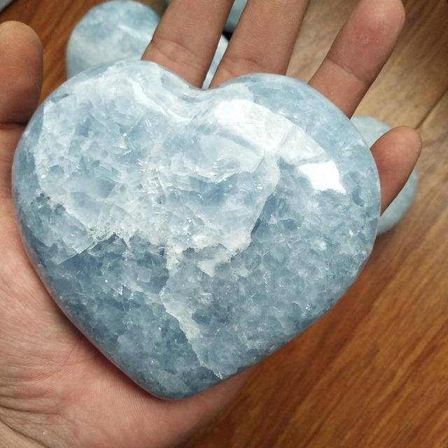 1pc about 450 500g beautiful natural celestite stones and crystals heart home decoration stone healing crystals