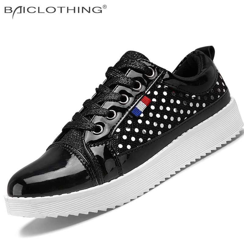 ФОТО 3 Colors Women Shoes 2016 Spring Autumn Fashion Breathable SHINY PU Splicing Casual Shoes Outdoor Lace-up Flat Shoes